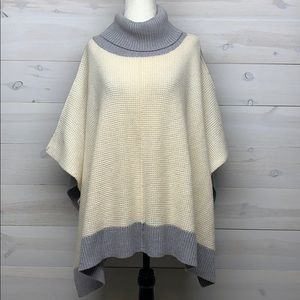 Aritzia Wilfred Free Wellsh Knit Poncho Sweater